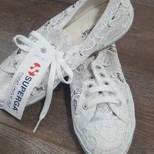 NWT~ white lace SUPERGA shoe